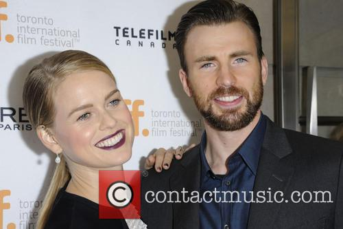 Alice Eve and Chris Evans 11