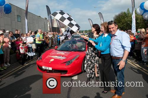Caoimhe Mcdermot-quinn and Mary Robinson 3