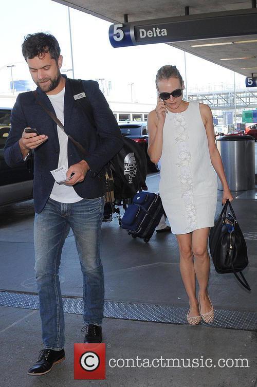 Diane Kruger and Joshua Jackson 10