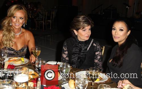 Deborah Alessi, Gloria Allred and Shantel Jackson 5