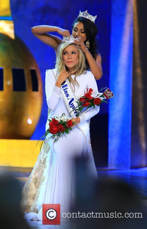 Kira Kazantsev and Miss America 2014 Nina Davuluri 7