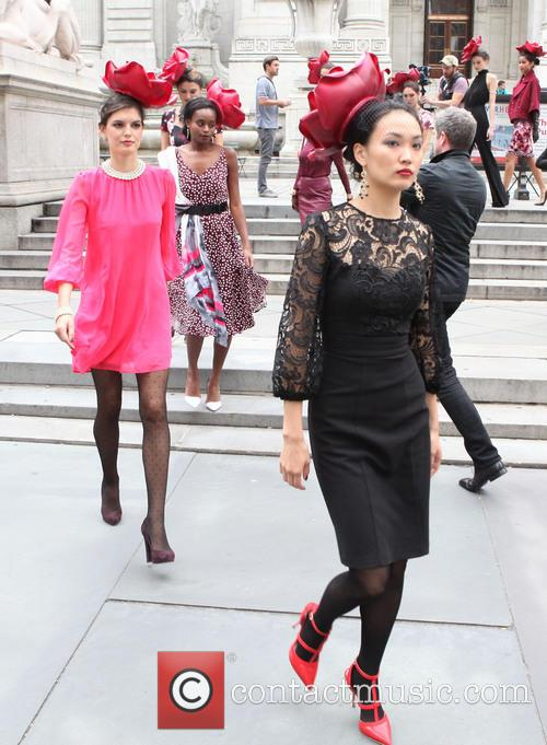 Eva Mendes and Models 7