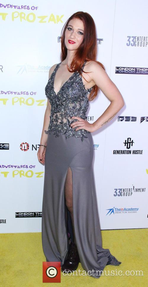 Nicole Fox 1