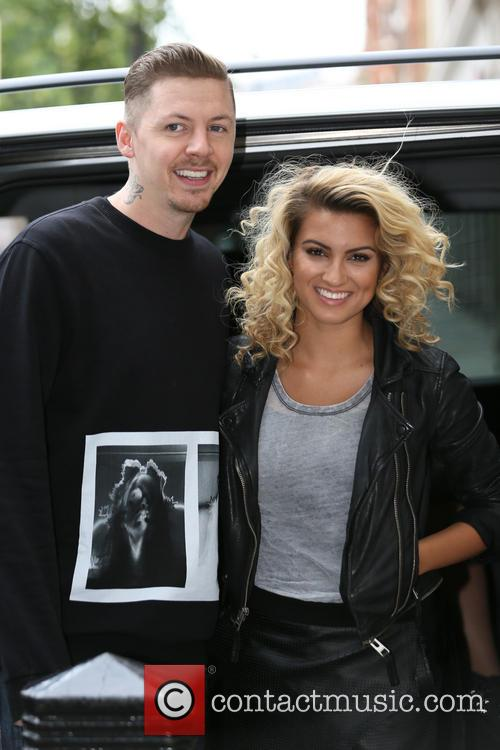 Professor Green and Tori Kelly 3