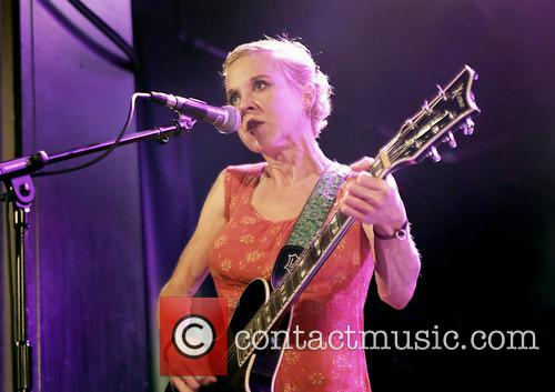 Kristin Hersh and Throwing Muses 8