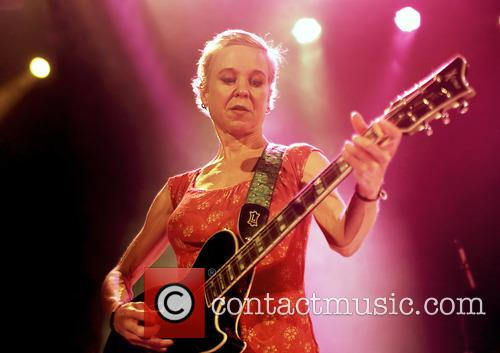 Kristin Hersh and Throwing Muses 10