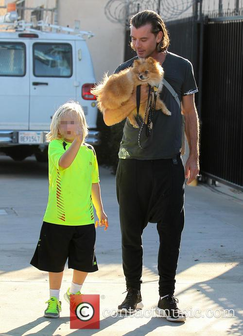 Gavin Rossdale out in Los Angeles with son...