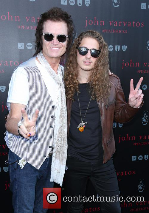 Glenn Hughes and Guest