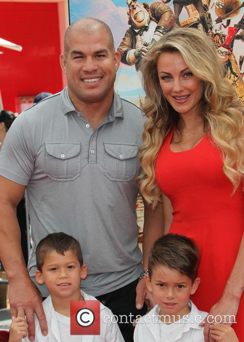 Tito Ortiz, Kristin Ortiz, Journey Jette Ortiz and Jacob Ortiz 1