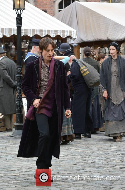 Reeve Carney 2