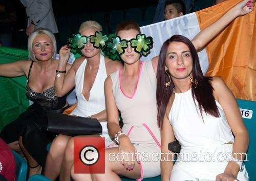 Fans Leah, Amy, Jodi and Carmen (from Coolock) 1