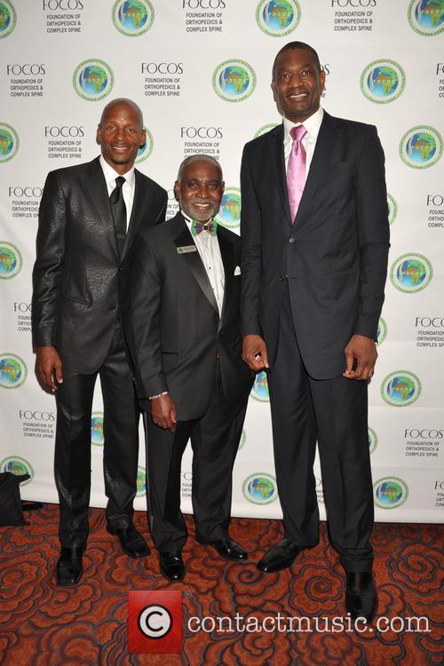 Ray Allen, Dr.oheneba Boachie-adjei and Dikembe Motombo 10