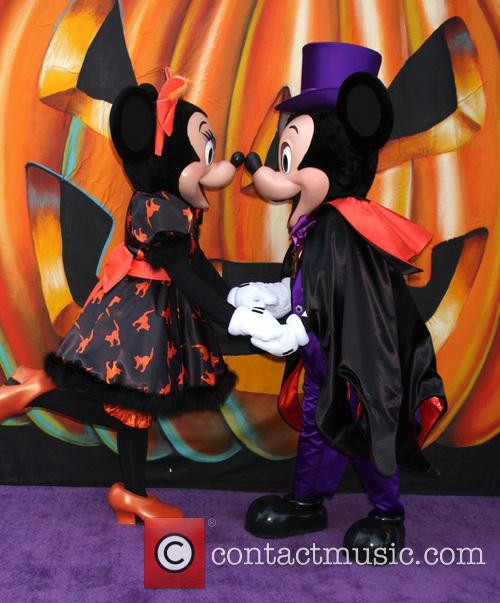 Minnie Mouse and Mickey Mouse 1