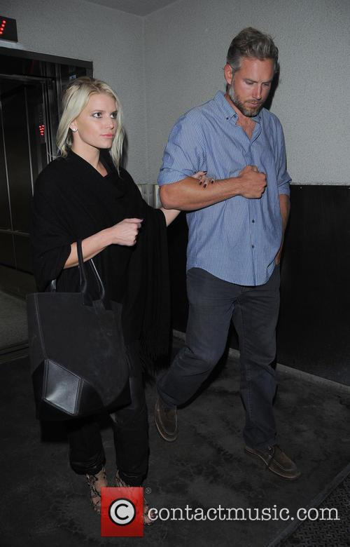 Jessica Simpson and Eric Johnson arrive at LAX...
