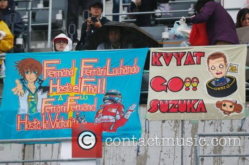 Alonso and Kvyat Banner - 7