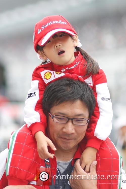 Spectator and Fan 10