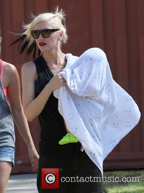 Gwen Stefani and Apollo Rossdale 10