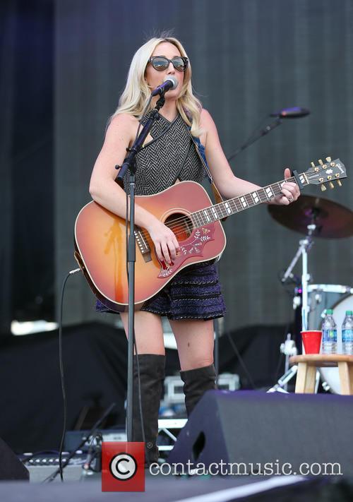 Ashley Monroe 8