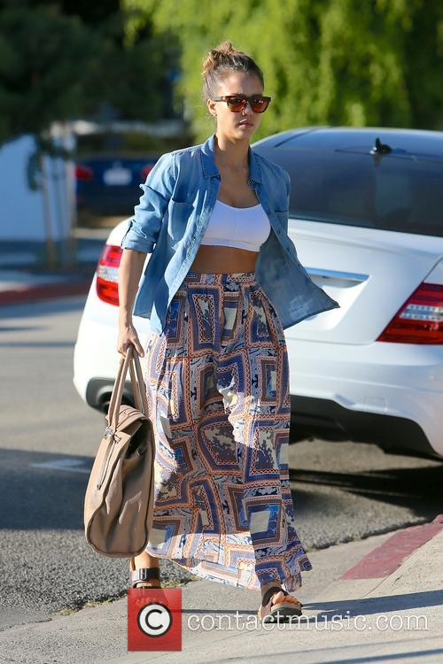 Jessica Alba visits Andy LeCompte Salon