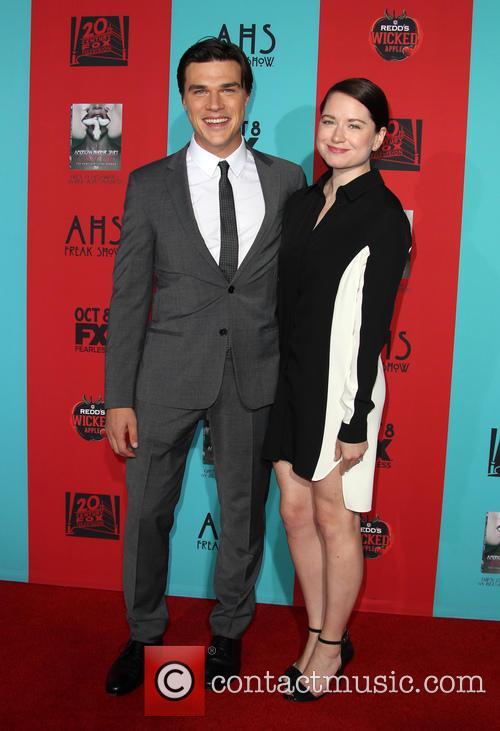 Finn Wittrock and Sarah Roberts 1