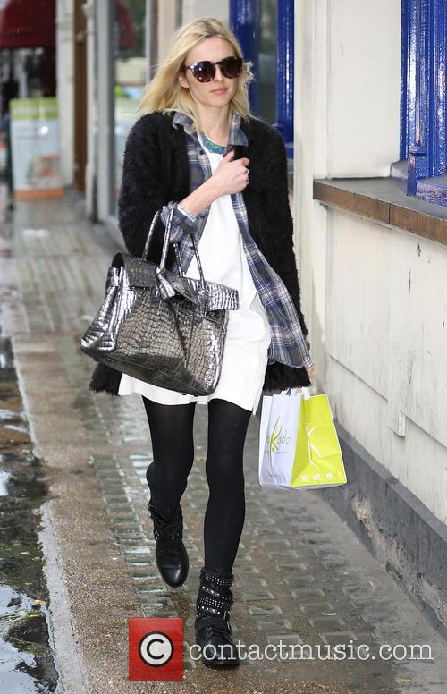 Fearne Cotton leaves work