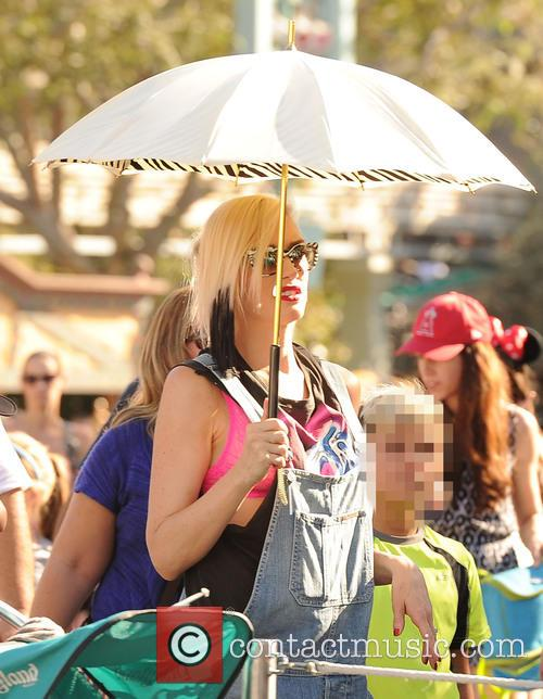 Gwen Stefani and Kingston Rossdale 1