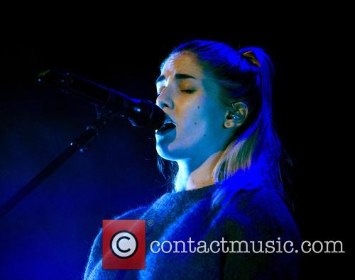 London Grammar and Hannah Reid 7