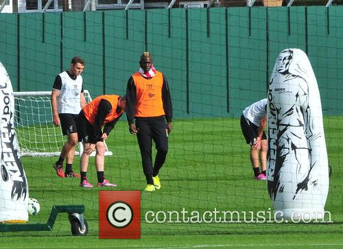Mario Balotelli trains with reserves