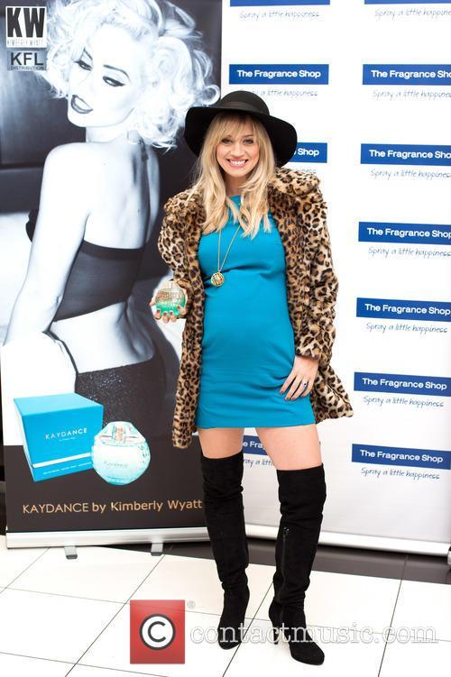 Kimberly Wyatt 2