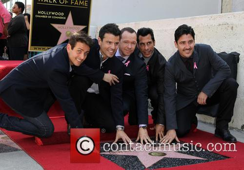 Joey Mcintyre, Jordan Knight, Donnie Wahlberg, Danny Wood and Jonathan Knight 5