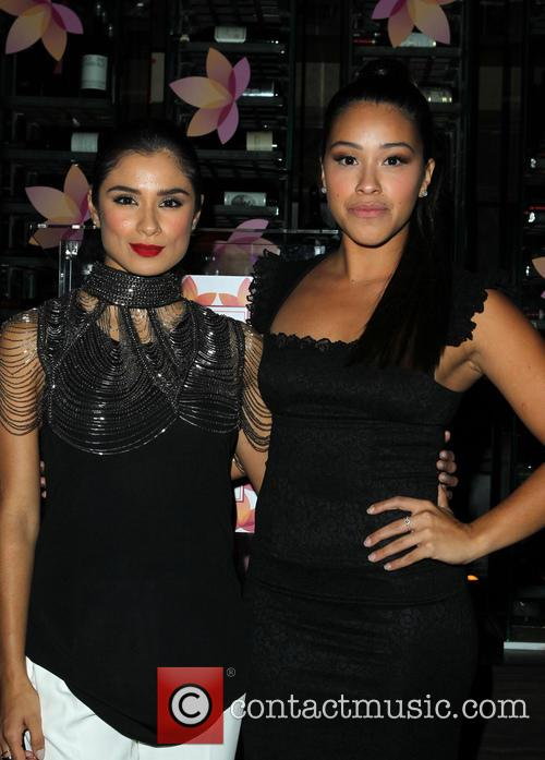 Diane Guerrero and Gina Rodriguez 5
