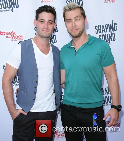 Shaping Sound performance - Arrivals