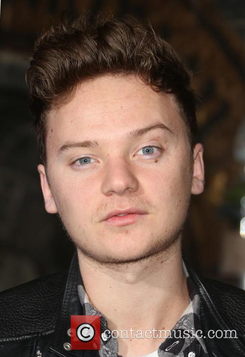 Harry Potter and Connor Maynard 4