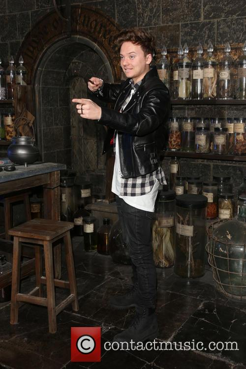 Harry Potter and Connor Maynard 5