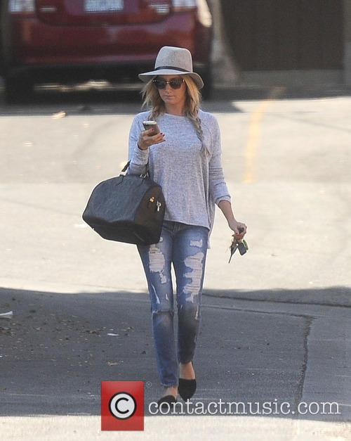 Ashley Tisdale out to lunch