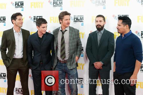Logan Lerman, Brad Pitt, Michael Pena, Shia Labeouf and Jon Bernthal 3