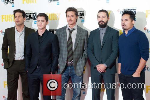 Logan Lerman, Brad Pitt, Michael Pena, Shia Labeouf and Jon Bernthal 4
