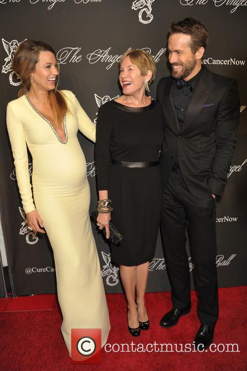 Blake Lively, Elaine Lively and Ryan Reynolds 2