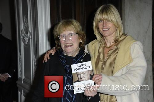 Boris Johnson, Charlotte Johnson and Rachel Johnson 9