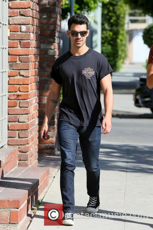 Joe Jonas seen leaving Alfred cafe
