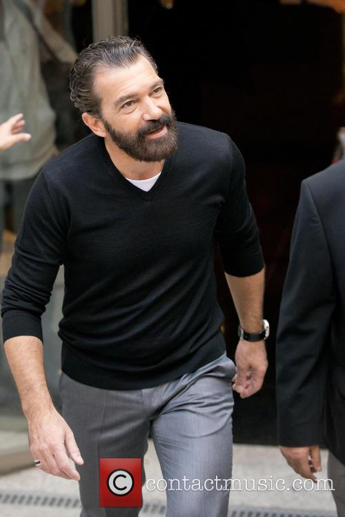Antonio Banderas attends a photocall