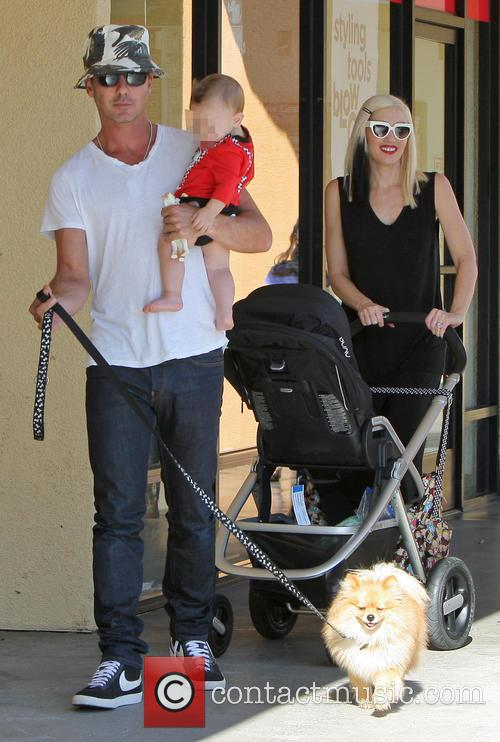 Gwen Stefani and Gavin Rossdale shop in Studio...