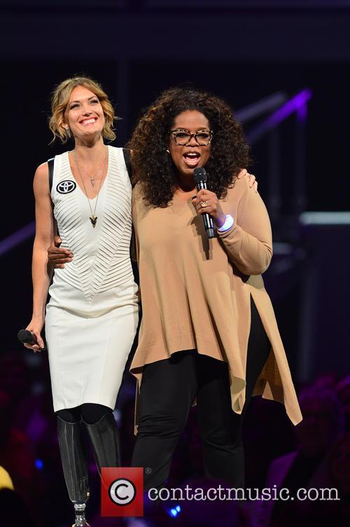 Amy Purdy and Oprah Winfrey 4