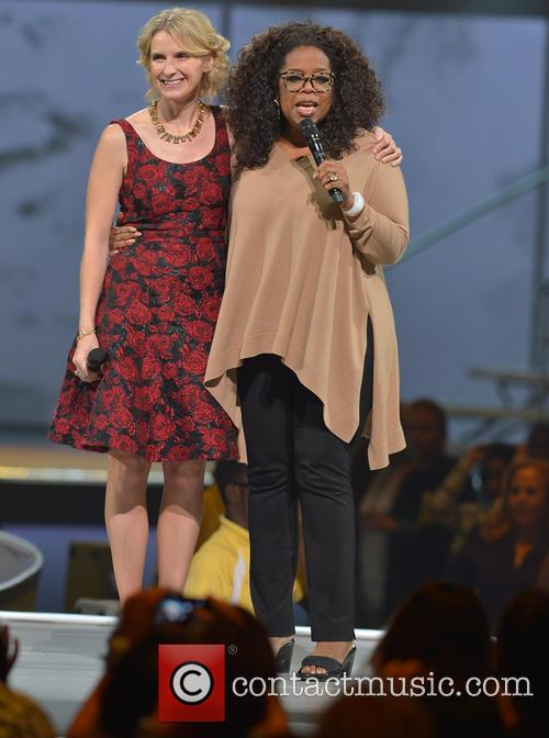 Elizabeth Gilbert and Oprah Winfrey 7