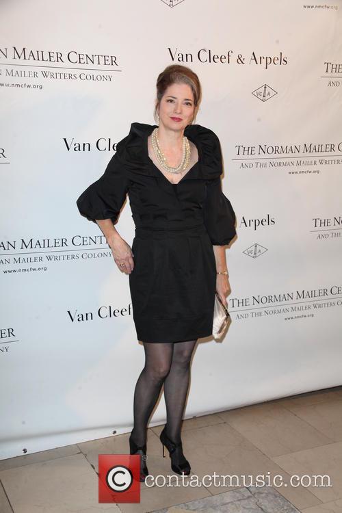 Suzanne Savoy 2