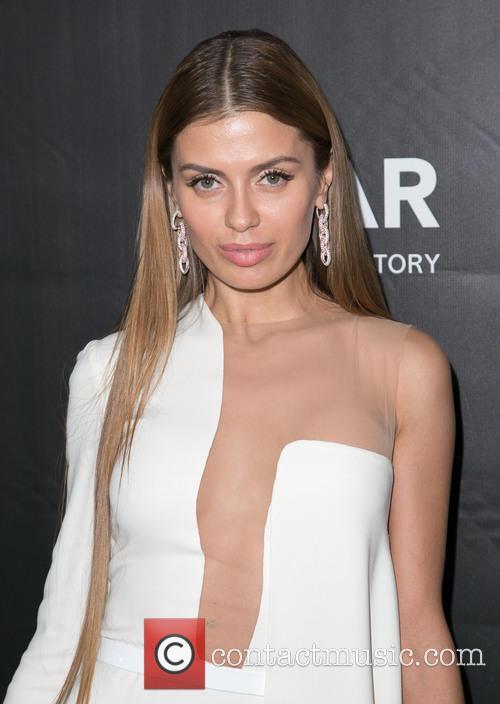 Victoria Bonya 1