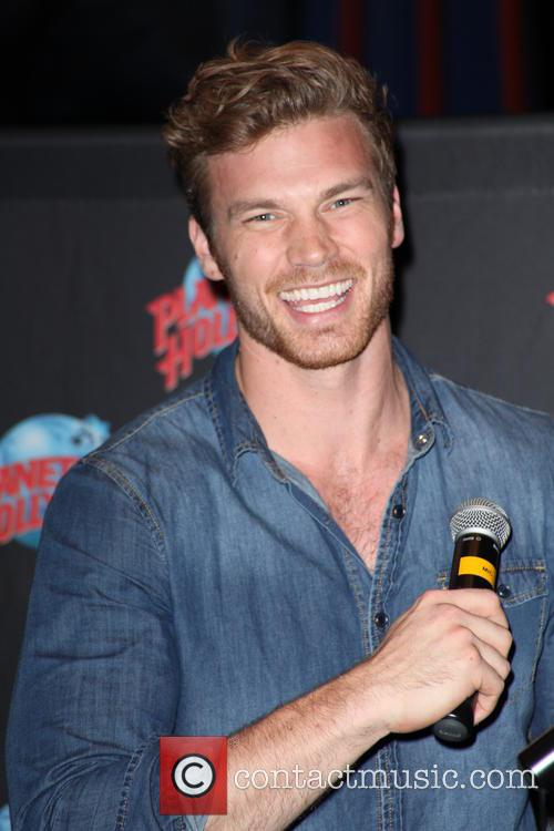 Planet Hollywood presents Derek Theler