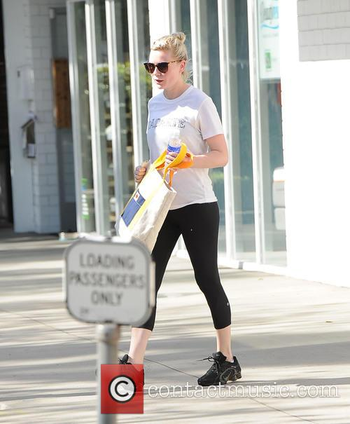 Kirsten Dunst leaving a gym