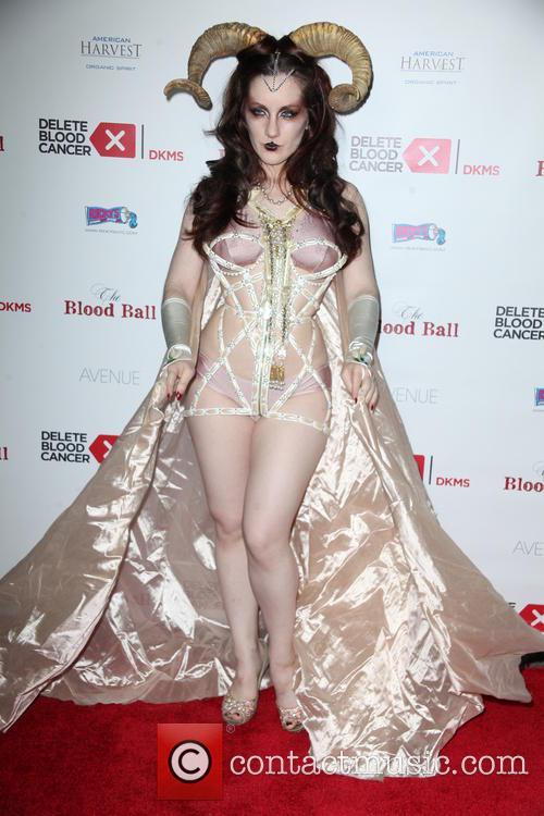 Burlesque Dancer 6