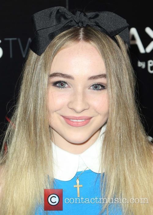 Sabrina Carpenter 7